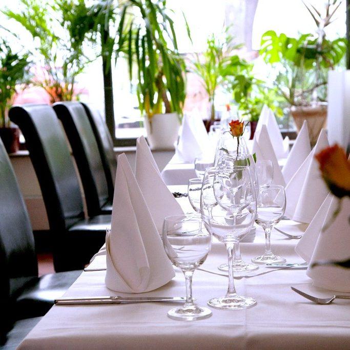pankoff-restaurant-tisch-boost